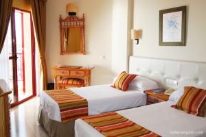 habitaciones-instalaciones-hotel-angela-fuengirola